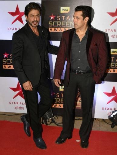 salman-khan-and-shah-rukh-khan-at-screen-awards-inseparable-1
