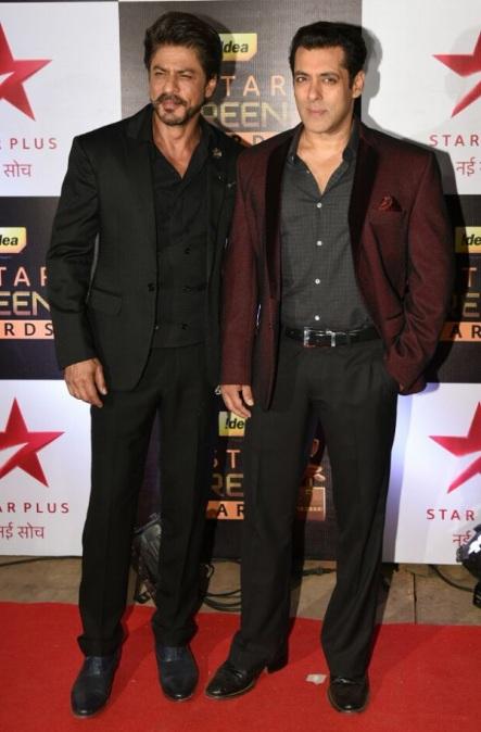 salman-khan-and-shah-rukh-khan-at-screen-awards-inseparable-3